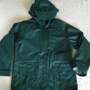 LL BEAN Maine Guide Green Hooded Rain Jacket M